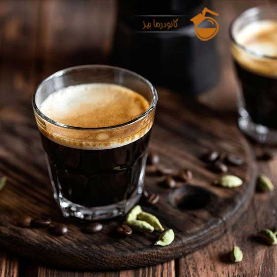 قهوه لاته دکتر بیز